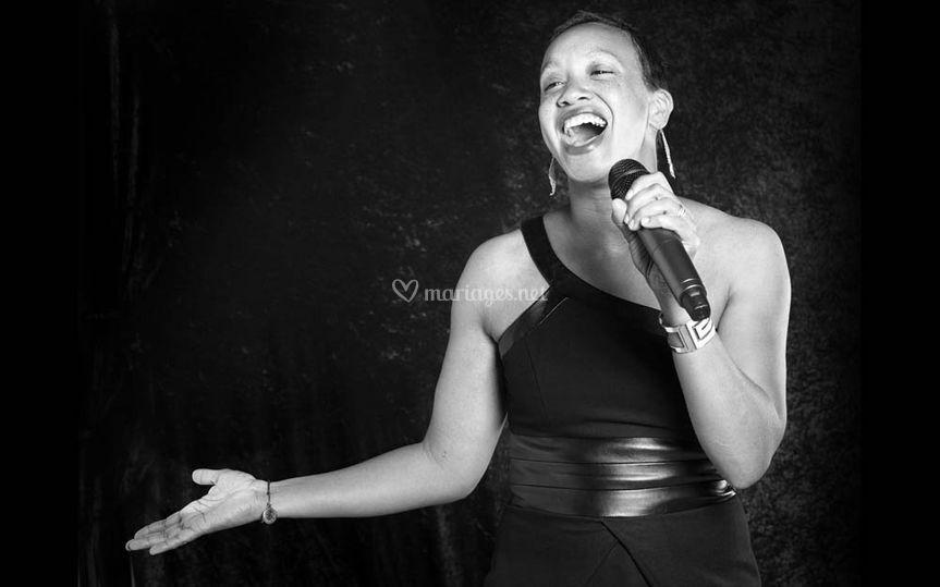 Stéfany, chanteuse