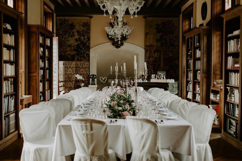 Une table au château