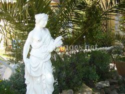 Statue au jardin