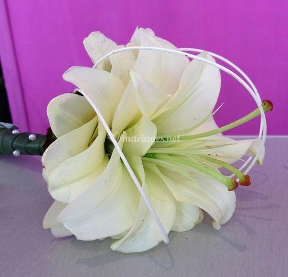 Bouquet lys reconstitué