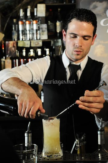 Bartender Gregory Sugar & Lemon
