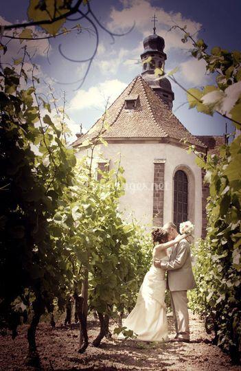 Photo de couple devant l' Eglise