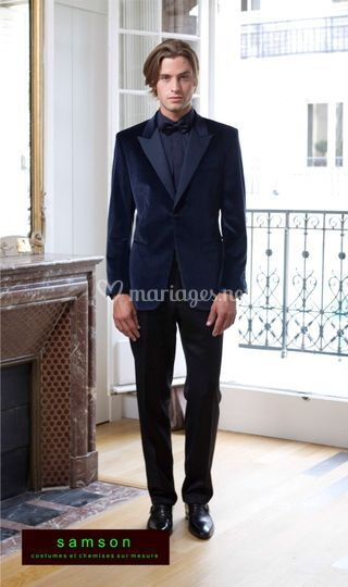 Samson sur mesure: costume en velour bleu revers satin