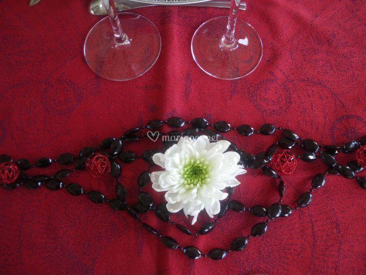 Déco rouge & noir & fleur