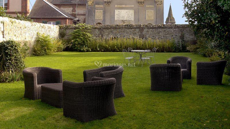 le jardin de h tel spa restaurant les maisons de l a. Black Bedroom Furniture Sets. Home Design Ideas