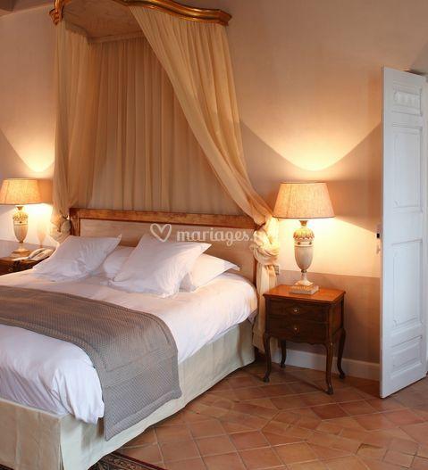 hostellerie de l 39 abbaye de la celle. Black Bedroom Furniture Sets. Home Design Ideas