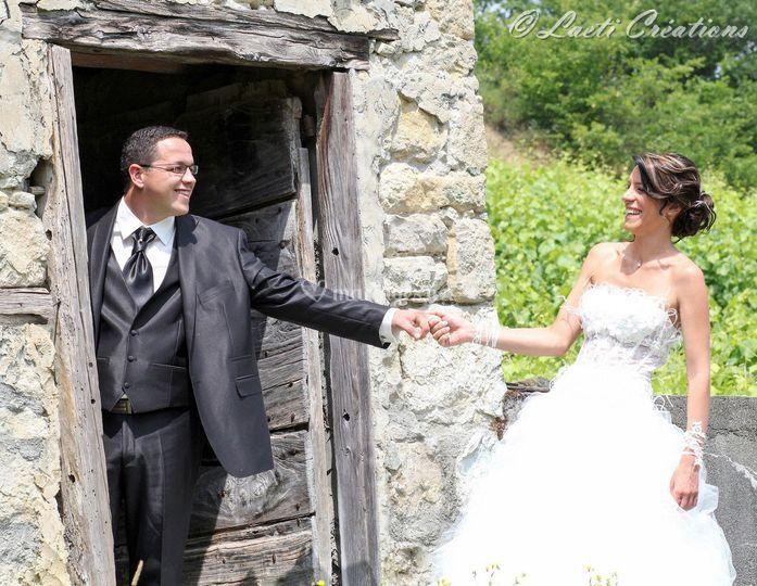 Mariés instant complice