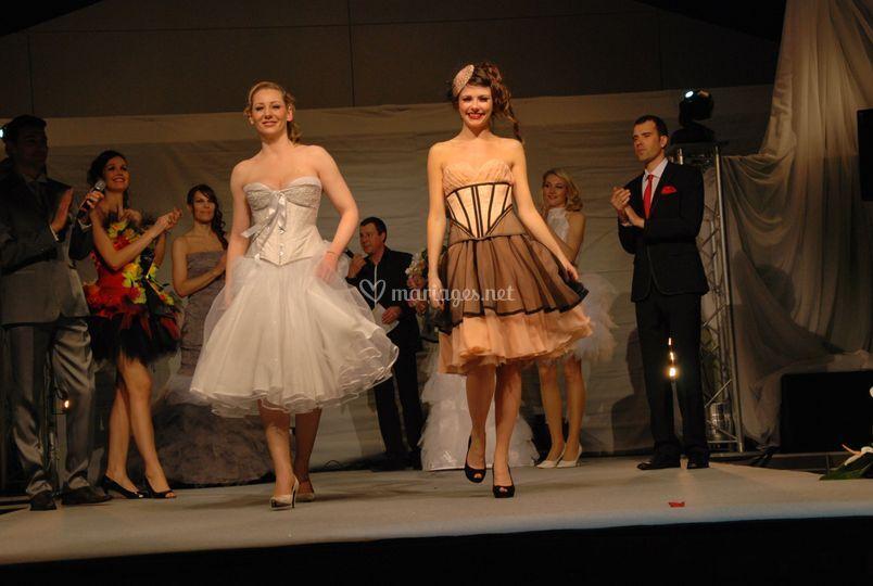 Robes courtes et corsets