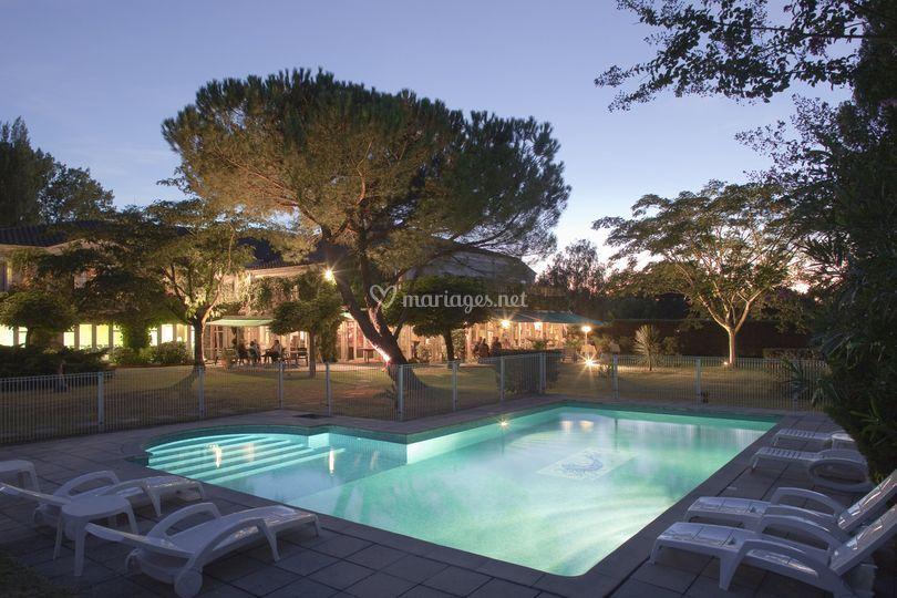 Parc, piscine, terrasse