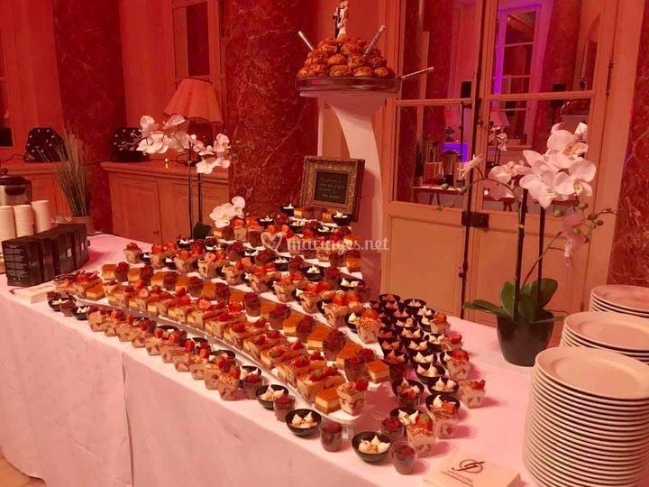 PIèce montée de minis desserts