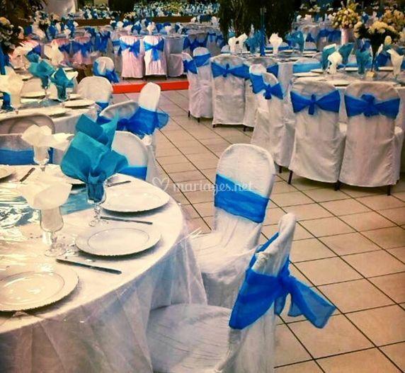Décoration bleue et blanche