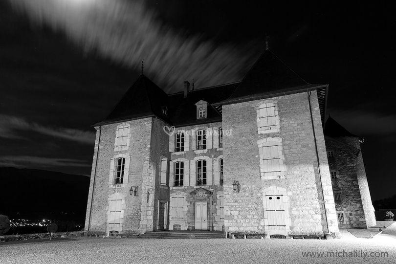 Château à la nuit tombée