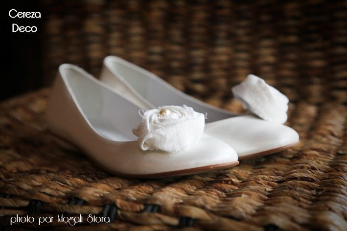 Clips chaussure blanc perle