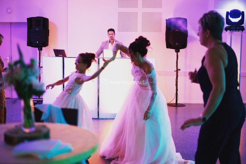 Danse mariée et sa fille