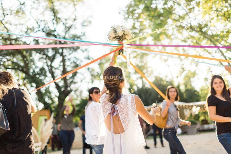 Ronde des rubans de la mariée