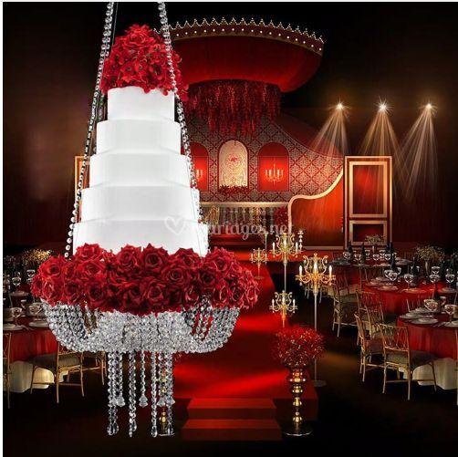 Support wedding cake