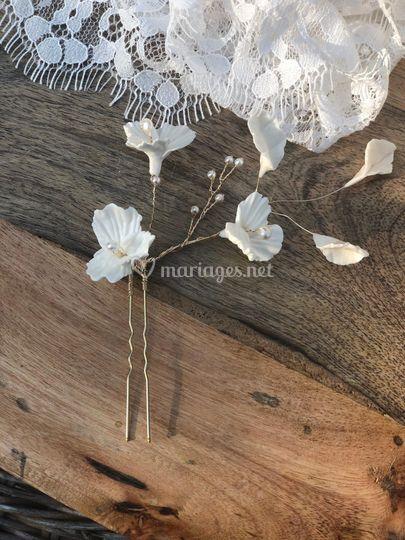 Piques chignons fleurs