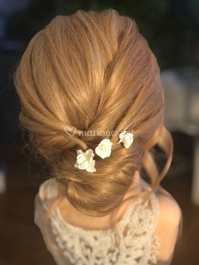 Pic coiffure mariée fleurs