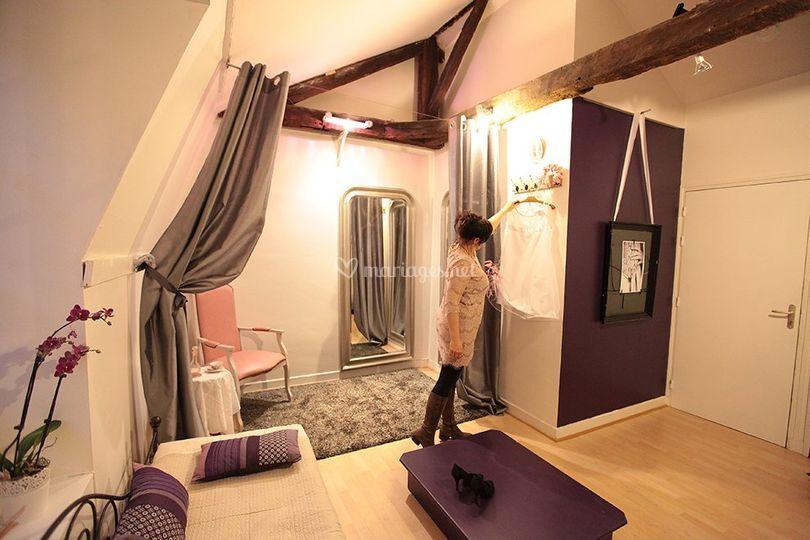 h l ne lajoinie. Black Bedroom Furniture Sets. Home Design Ideas