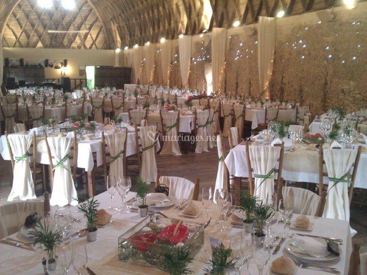 dcoration mariage sur le lion dor traiteur jrme cantagrel - Traiteur Aveyron Mariage