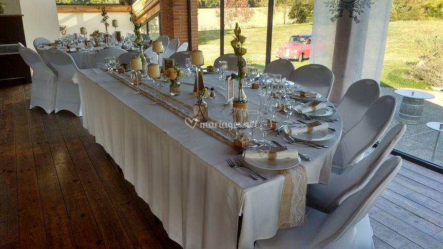 Table d'honneur demi-ronde