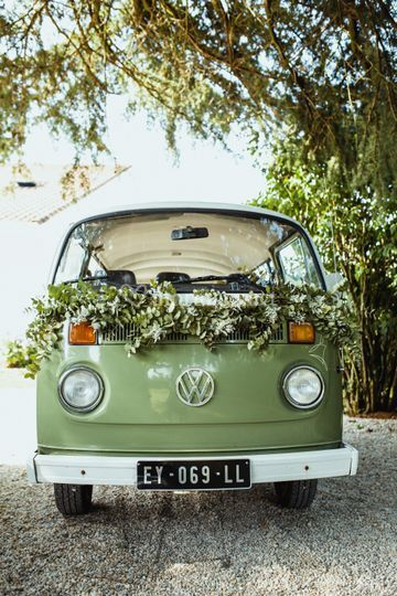 Décoration florale voiture