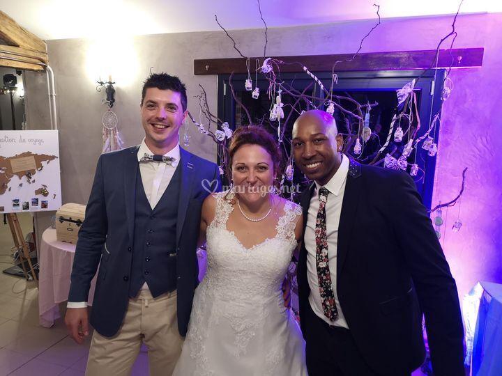 DJ Sidjee & les mariés