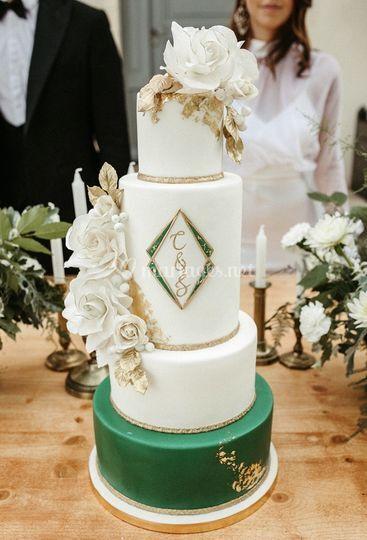 wedding cake green gold