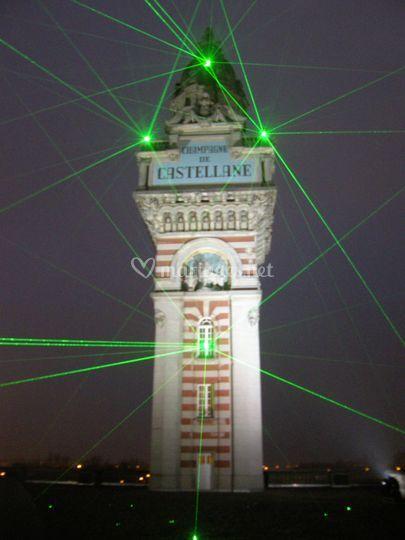 Tir laser sur le monument