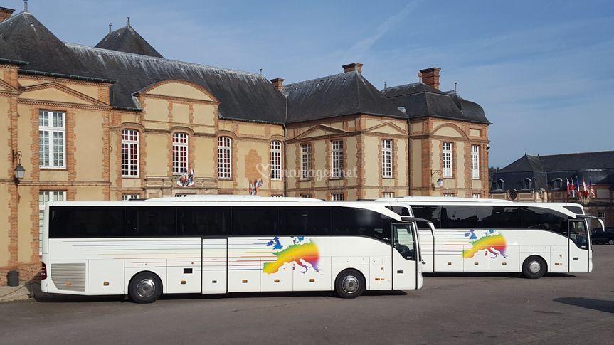 Autocars tourisme 53/57 places