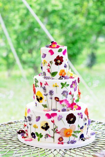Wedding Cake Fleurs Comestible