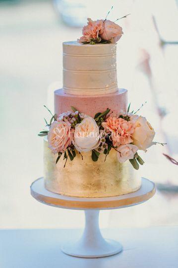Wedding cake feuilles d'or