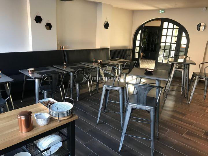 Bar et salle petit déjeuner