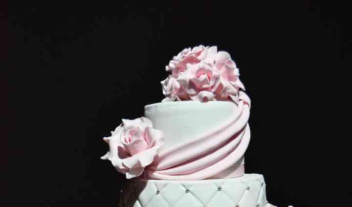 Wedding drapés, roses