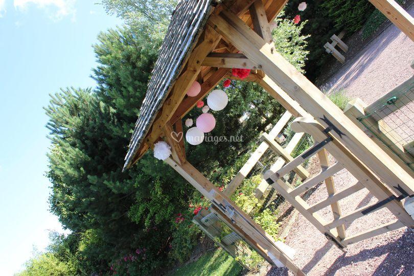 Kiosque dans jardin