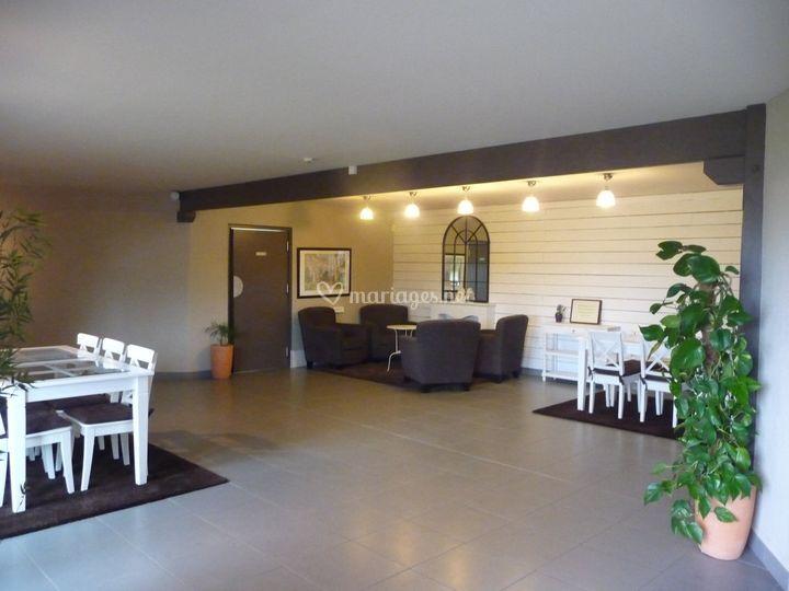 clos de vaupali re. Black Bedroom Furniture Sets. Home Design Ideas