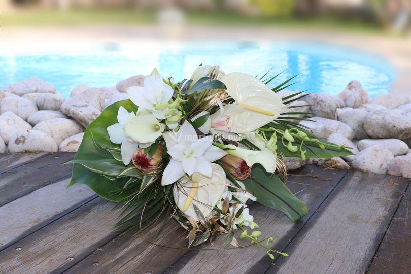 Bouquet mariée tropical chic