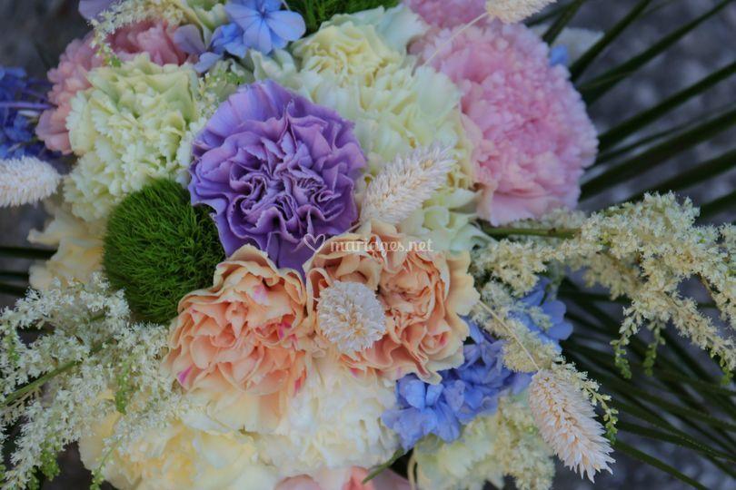 Bouquet de mariée assorti