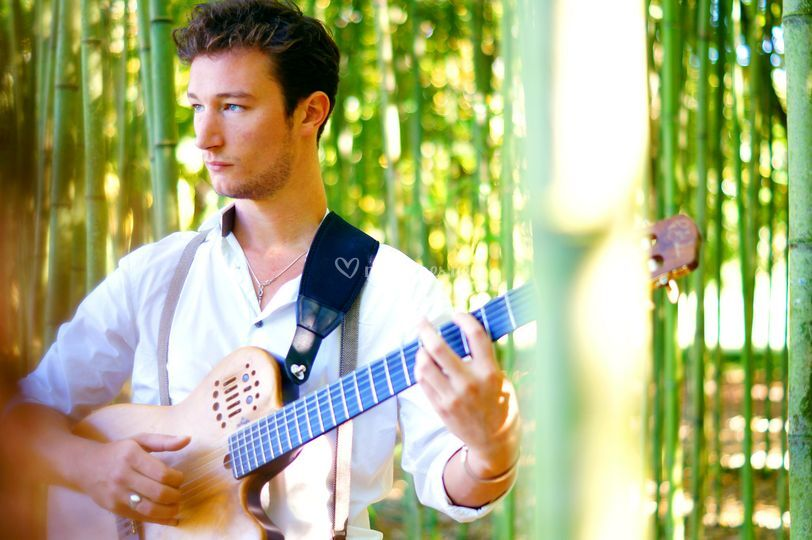 Yori - Guitare/Chant