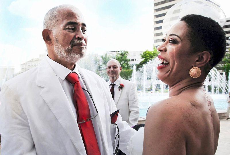 La mariée entre rires et larmes