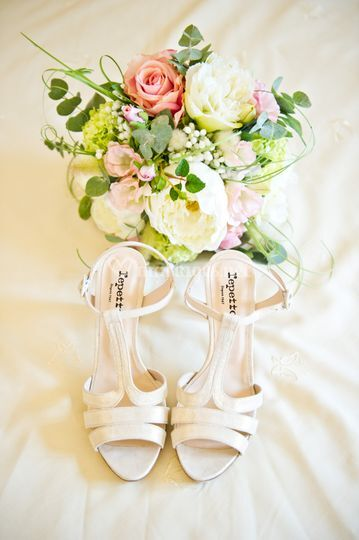 Bouquet et chaussures