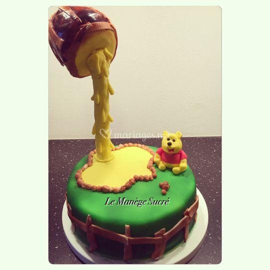 Gravity cake Winnie