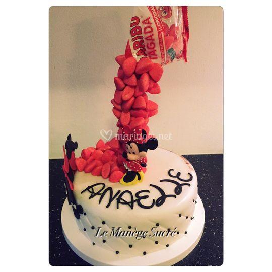 Gravity Cake Minnie