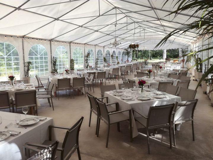 Tables et chaises 8 invités