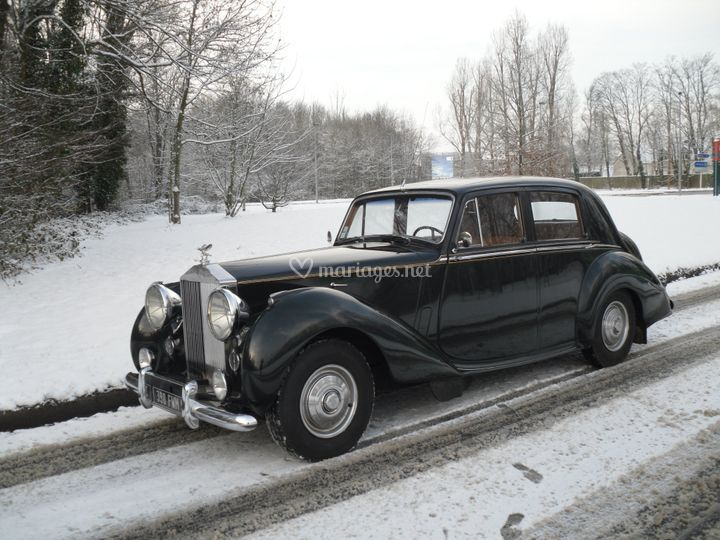RR Silver Dawn 1952