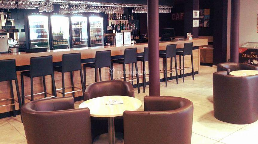 Bar suite
