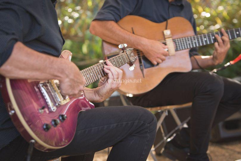 Deux guitares