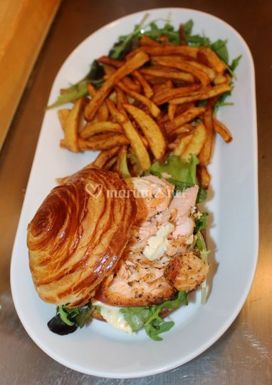 Burger de saumon & ses frites