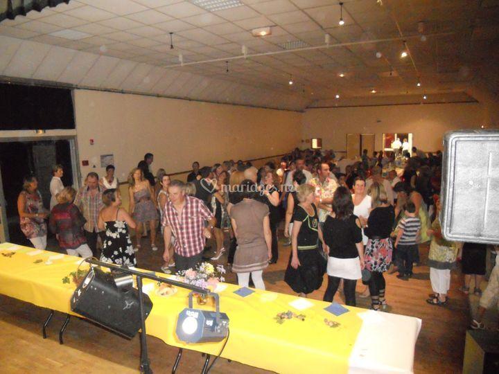Repas dansant.Bussac 2011