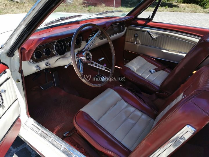Intérieur Ford mustang 1966